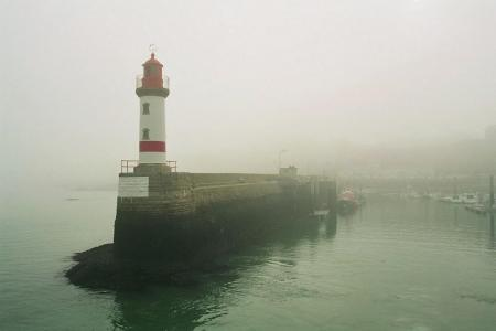 port tudy, brouillard