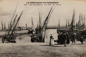 vieux Port Tudy: thoniers au sec